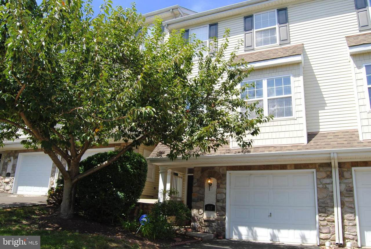417 Fort Hill Circle - Photo 1