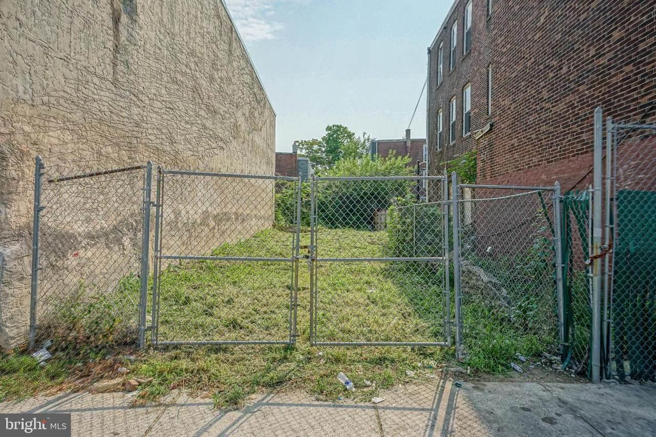 449 60TH Street - Photo 1
