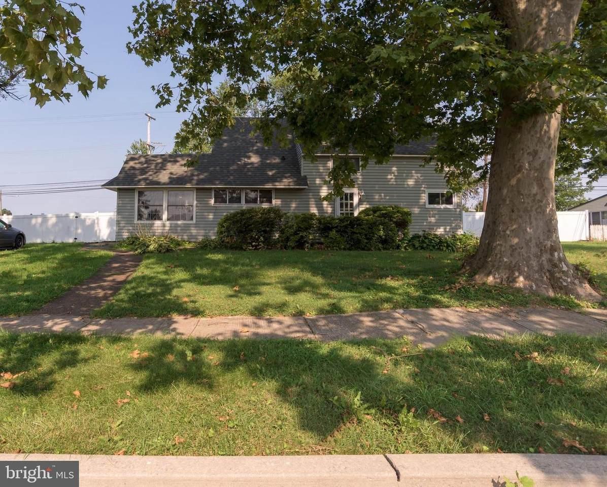382 Appletree Drive - Photo 1