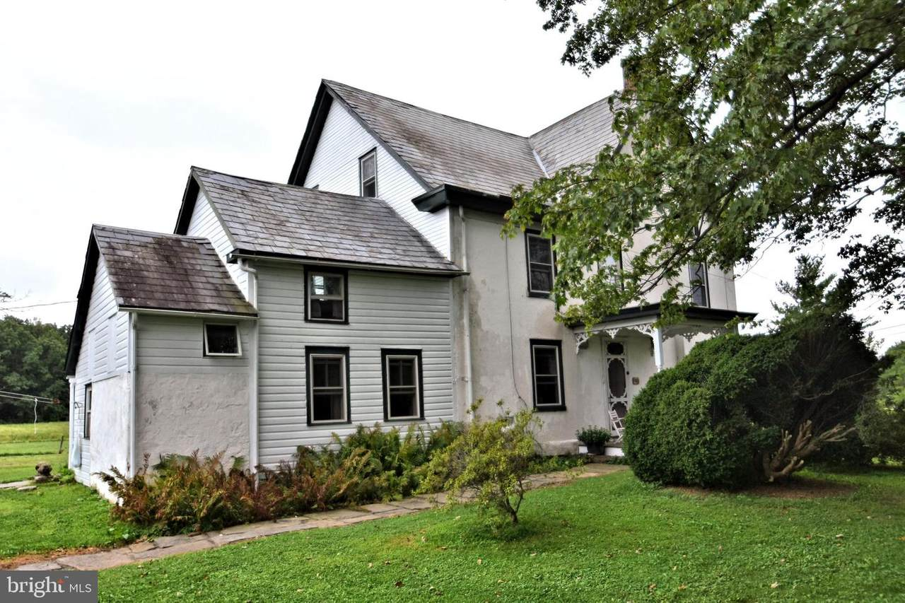 1003 Middle Road - Photo 1