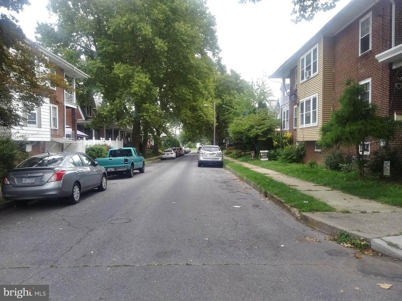 1123 Union Street - Photo 1
