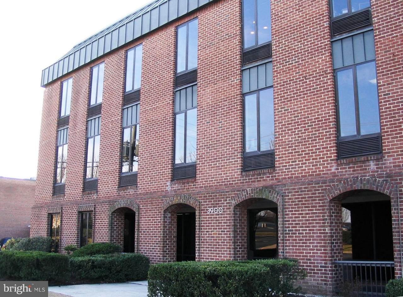 3900 University Drive - Photo 1
