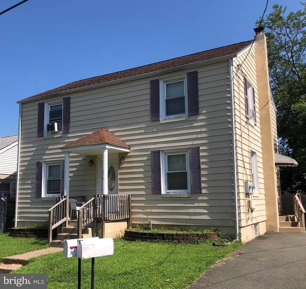 216 Hazelhurst Avenue - Photo 1