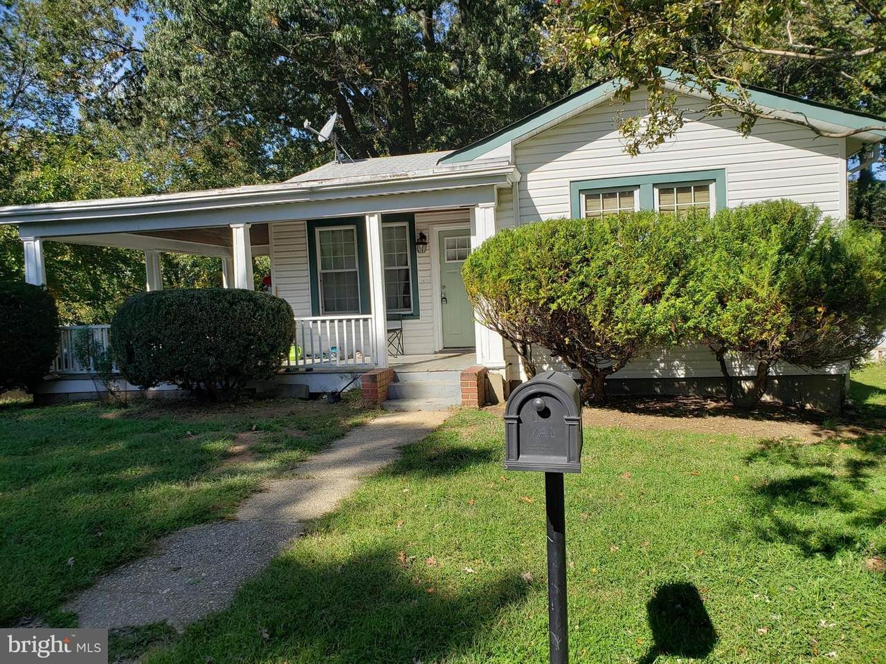 4012 Bedford Place - Photo 1