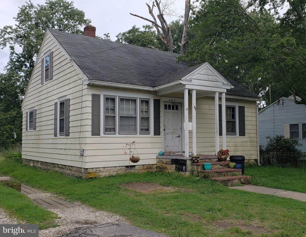 507 Cedar Street - Photo 1