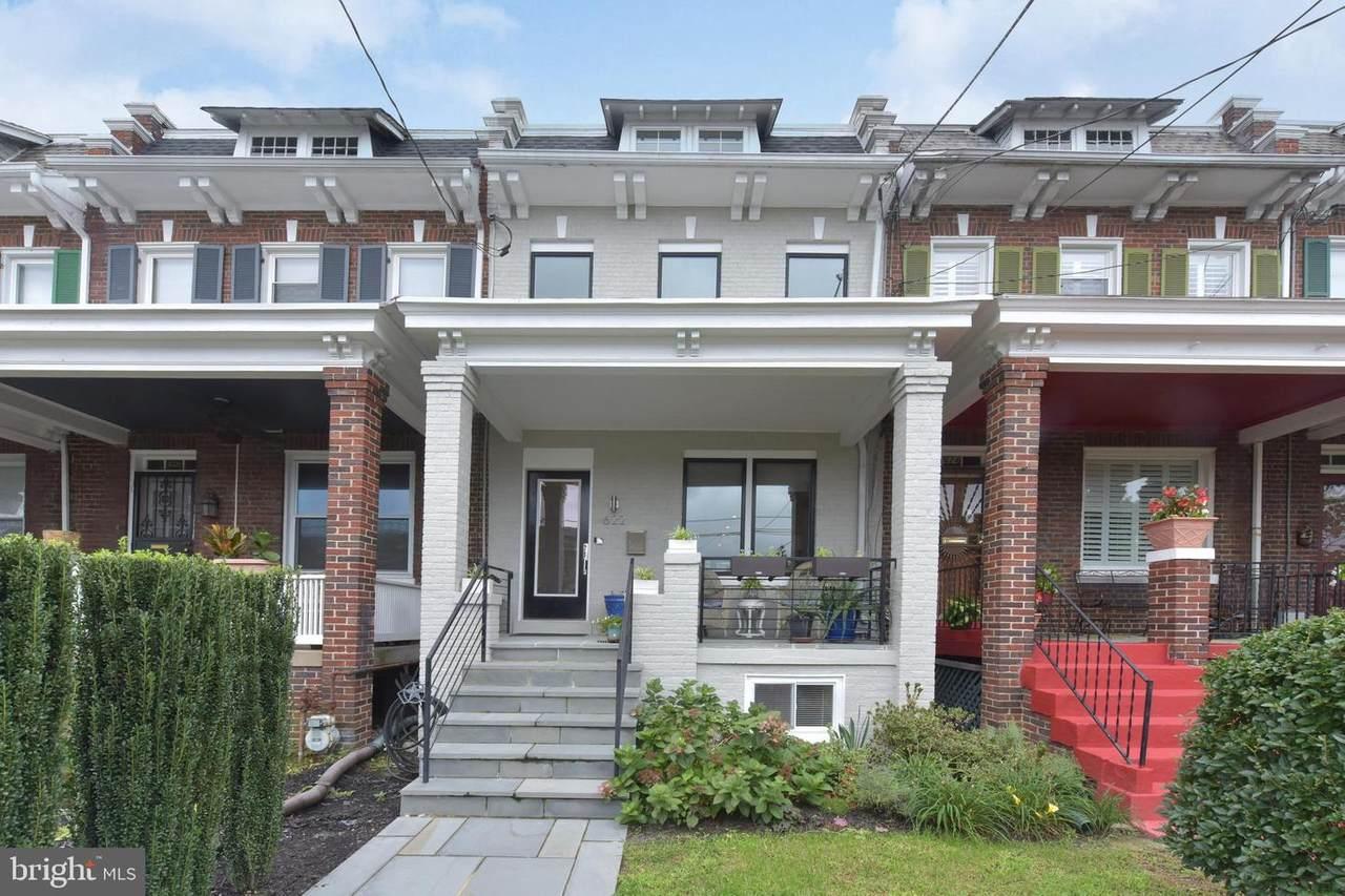622 Emerson Street - Photo 1