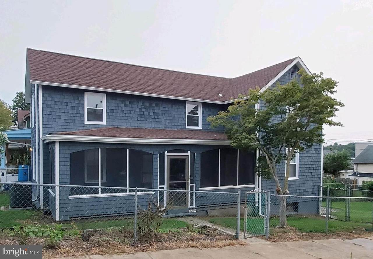 3754 Hickory Avenue - Photo 1