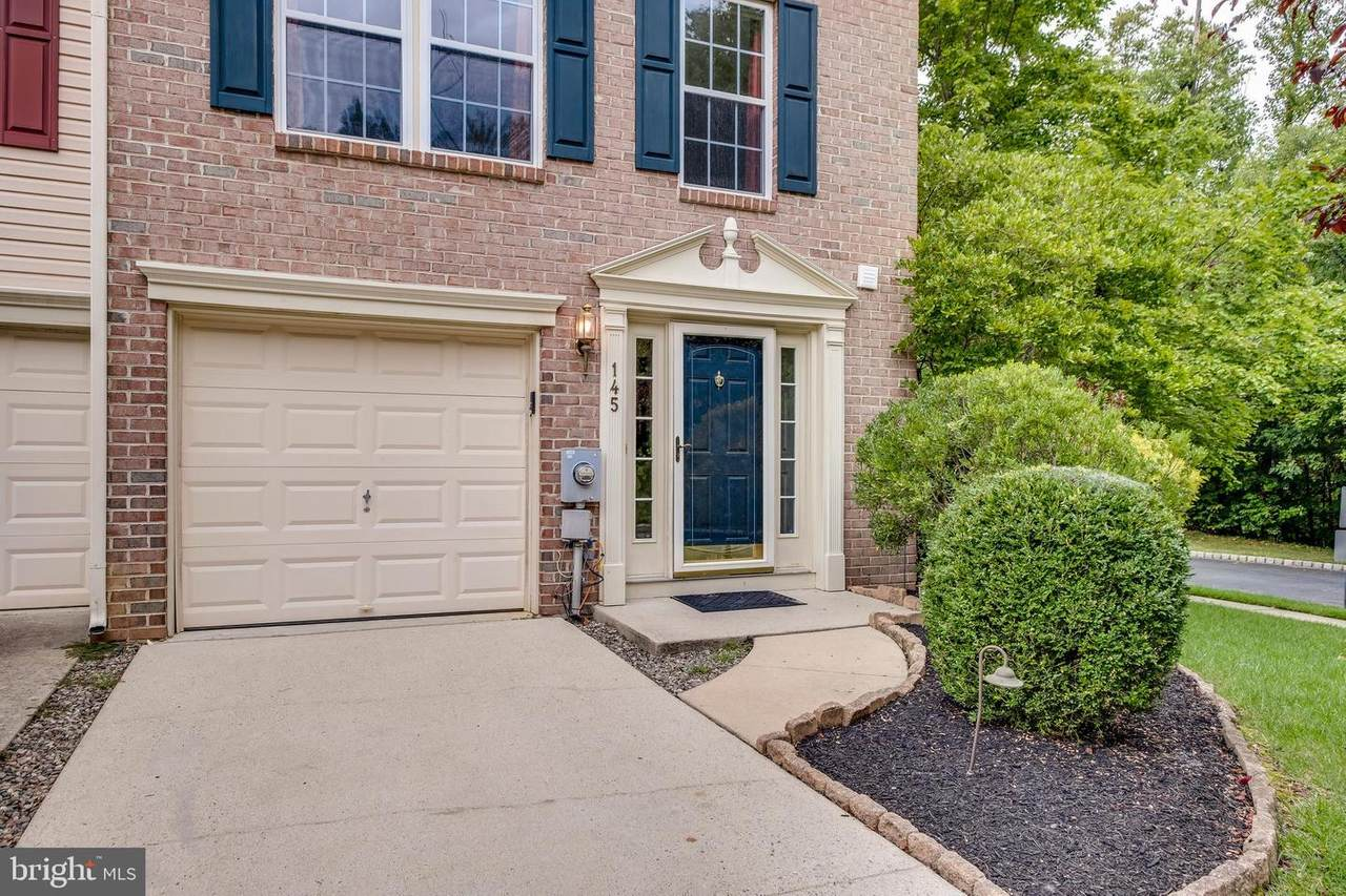 145 Valley Forge Way - Photo 1