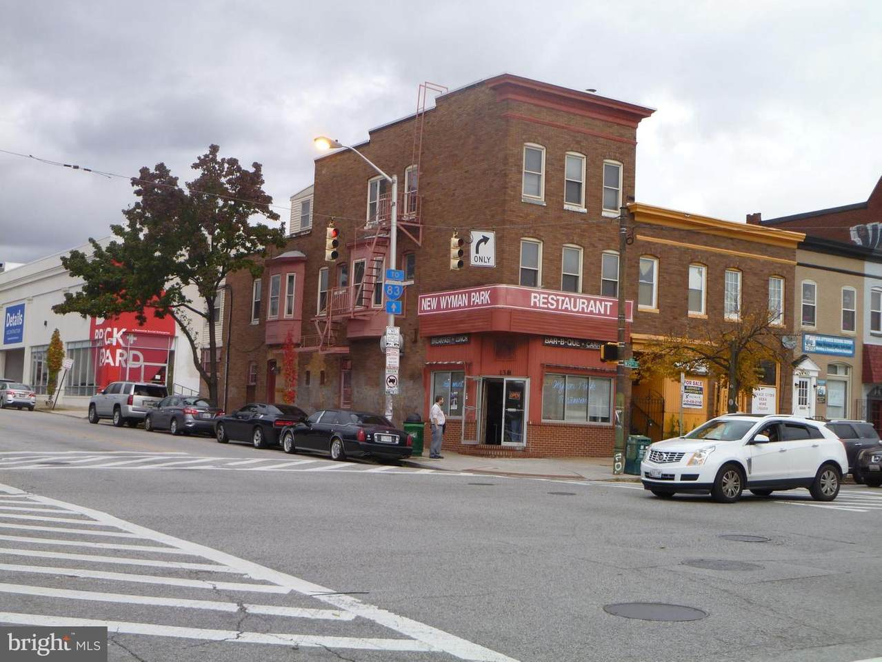 138 25TH Street - Photo 1