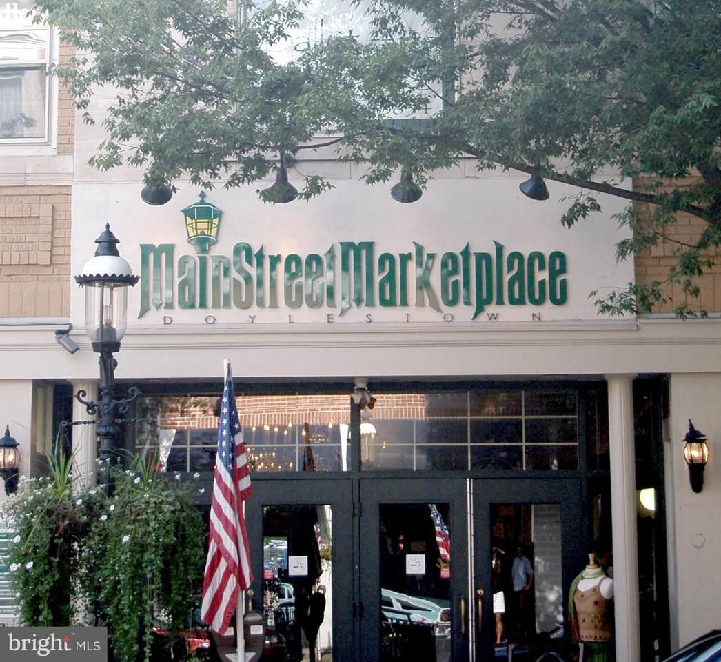 22 Main Street - Photo 1