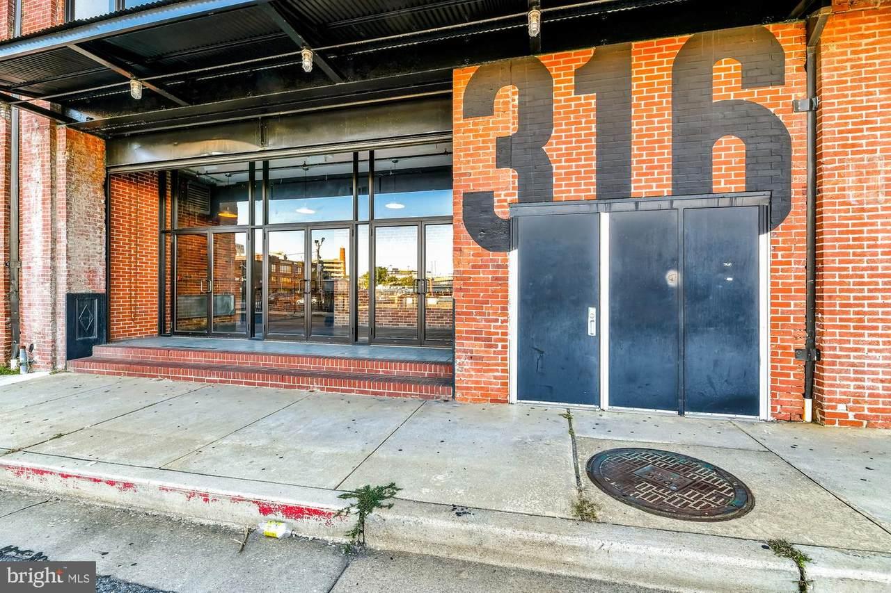 316-318 Guilford Avenue - Photo 1