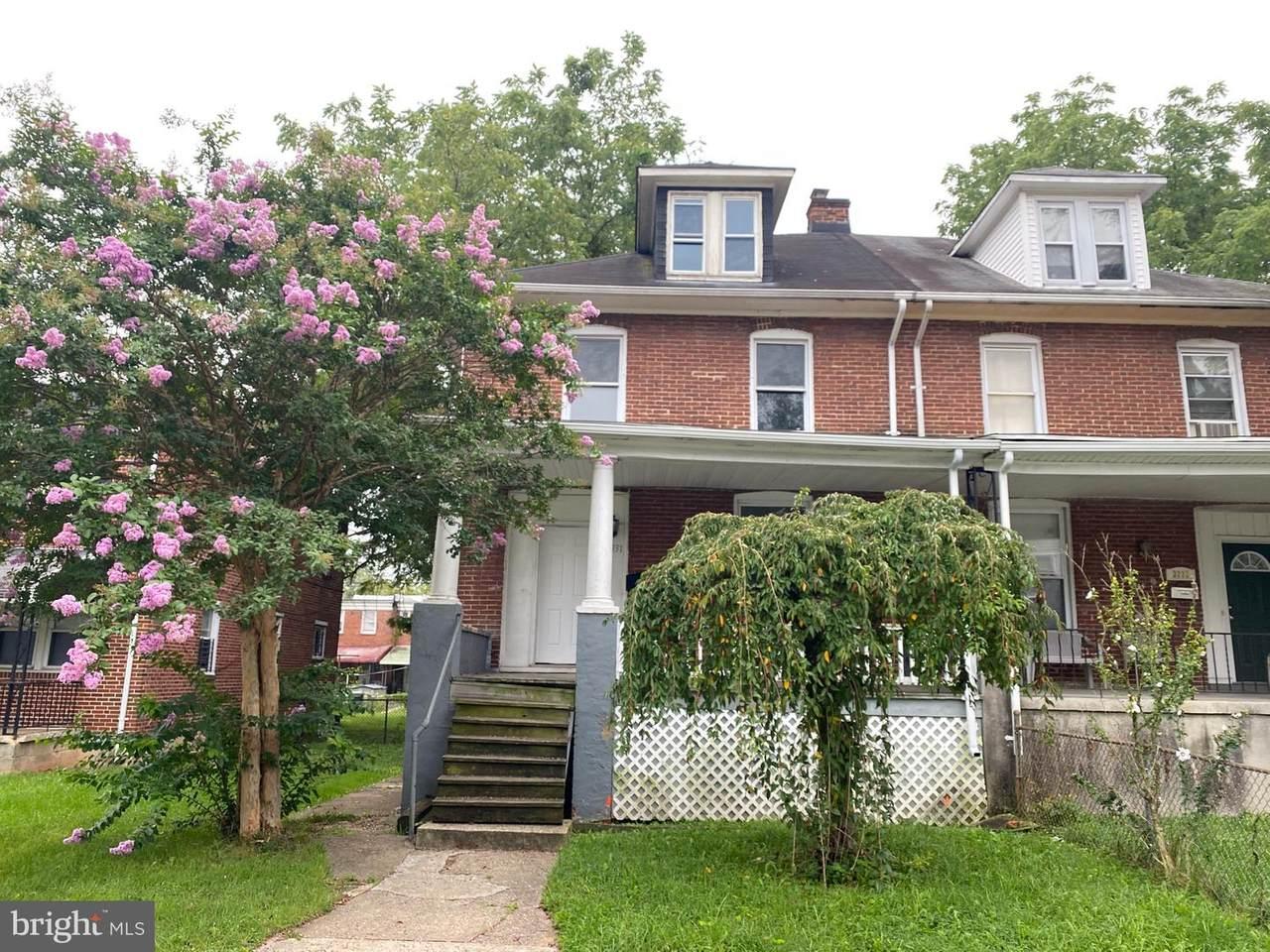 3331 Ingleside Avenue - Photo 1