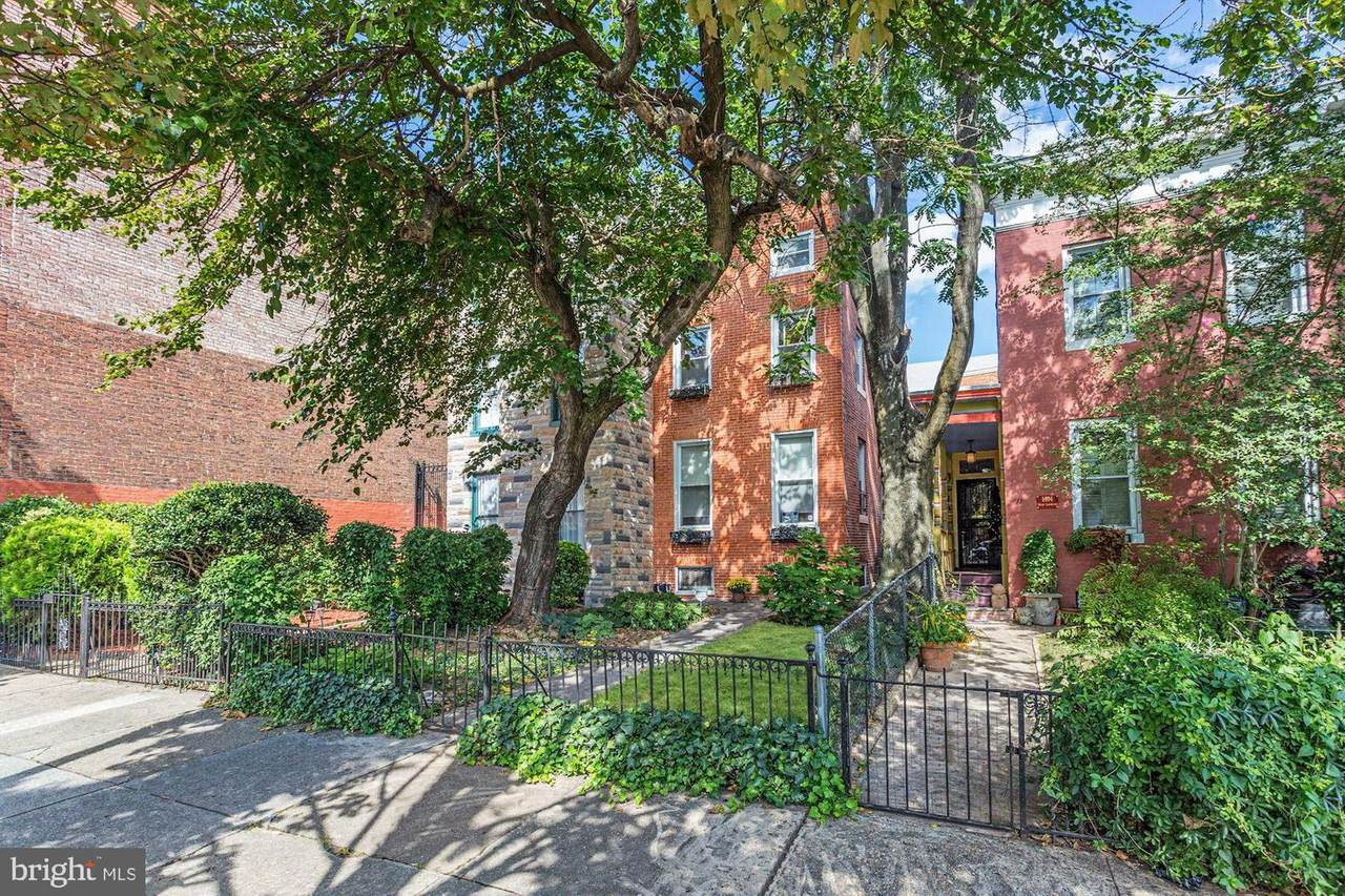 1406 Lombard Street - Photo 1