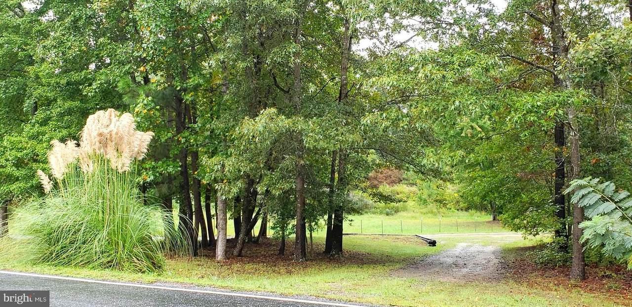 22147 Sparta Road - Photo 1