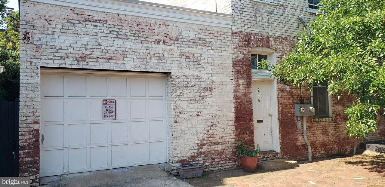 216 Duke Street - Photo 1