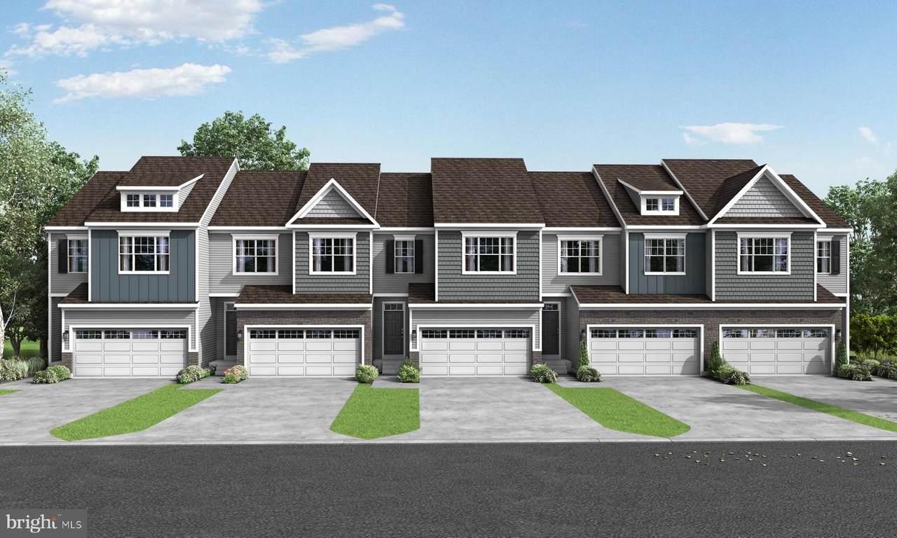3-300 Ridgewood Drive - Photo 1