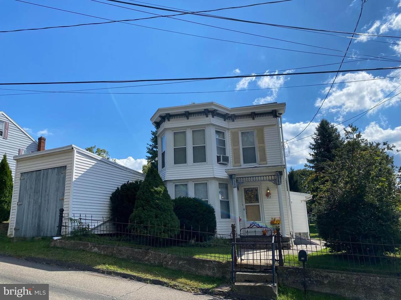 22 Caroline Avenue - Photo 1