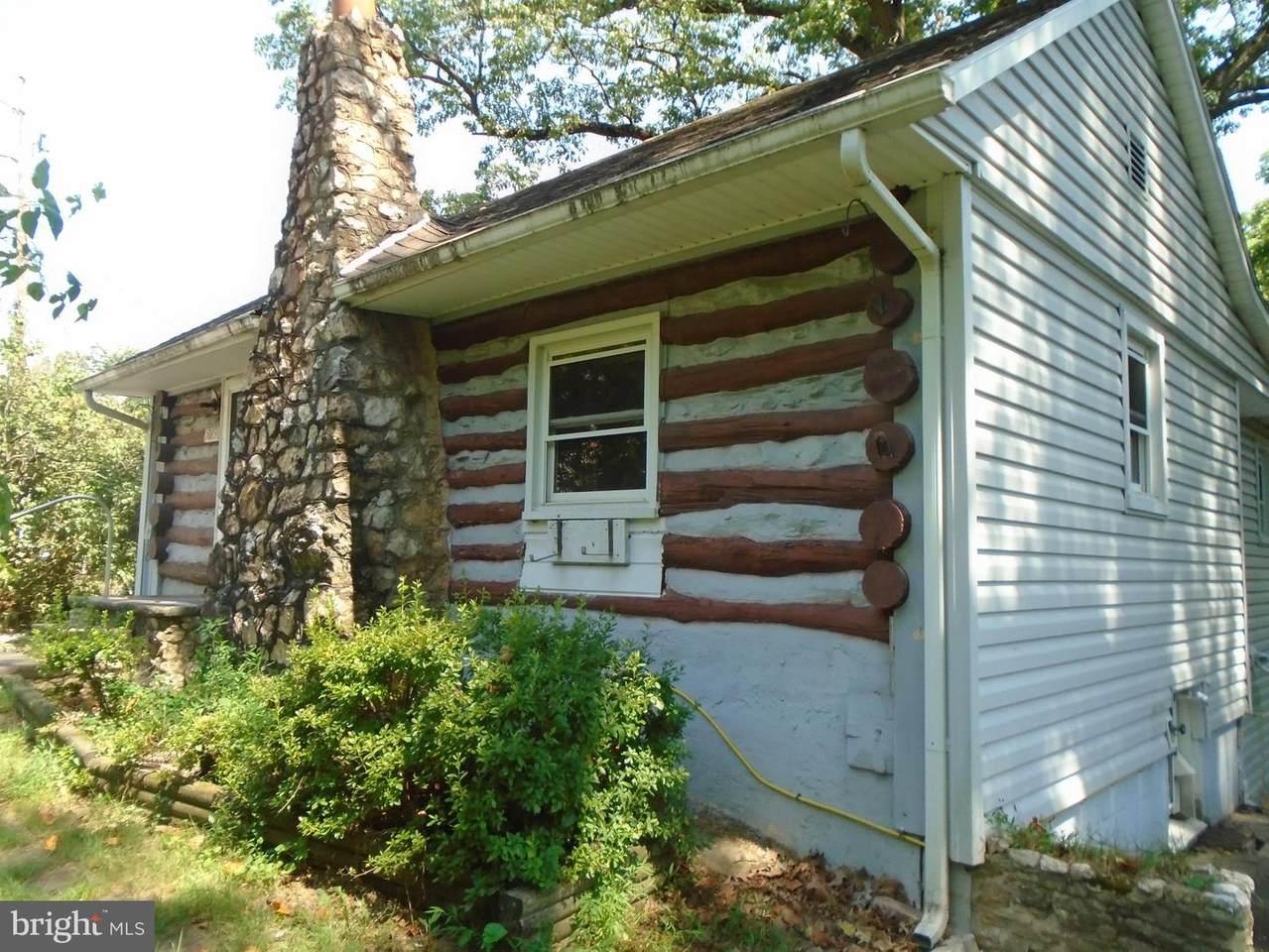 5013 Whispering Pines Lane - Photo 1