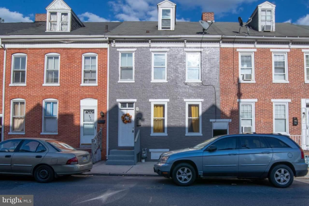 337 Penn Street - Photo 1
