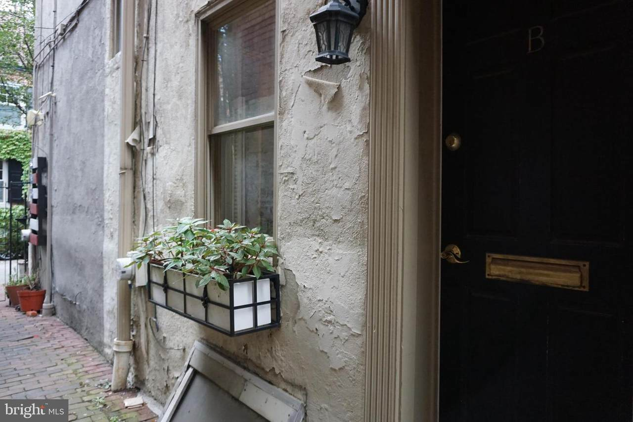 623 American Street - Photo 1