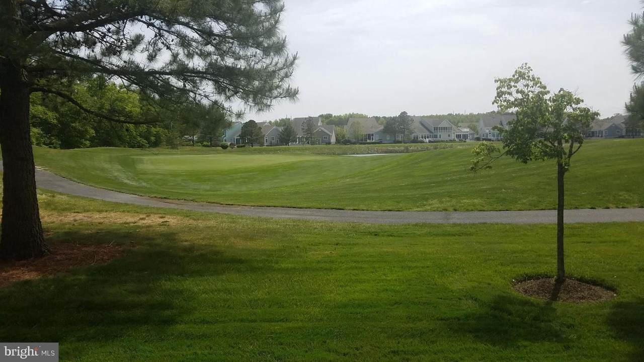 114 Willow Oak Avenue - Photo 1