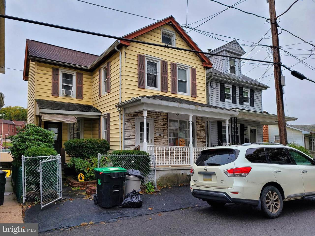 443 New Castle Street - Photo 1