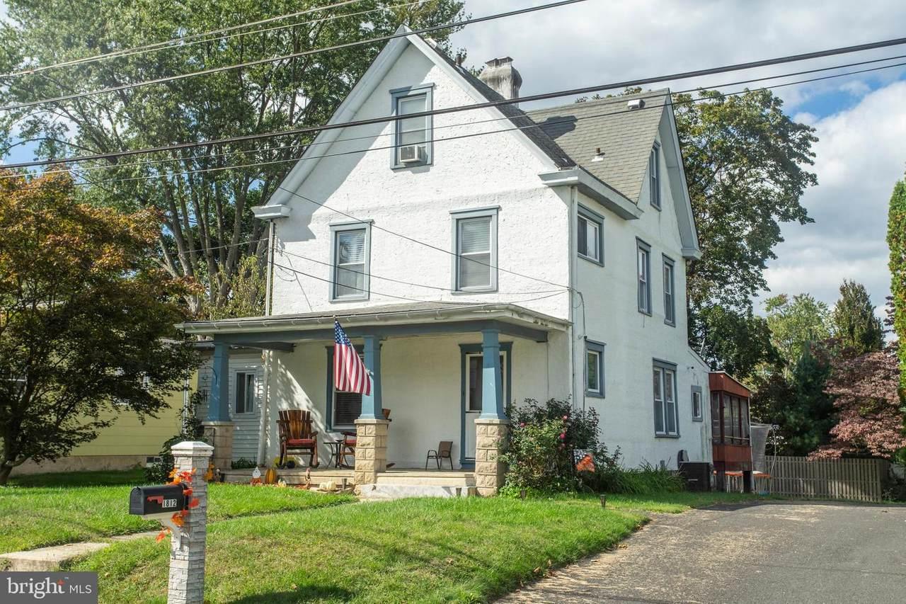 1812 Lukens Avenue - Photo 1