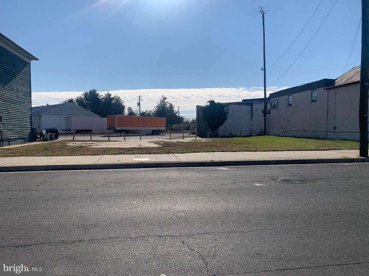 418 Church Street - Photo 1