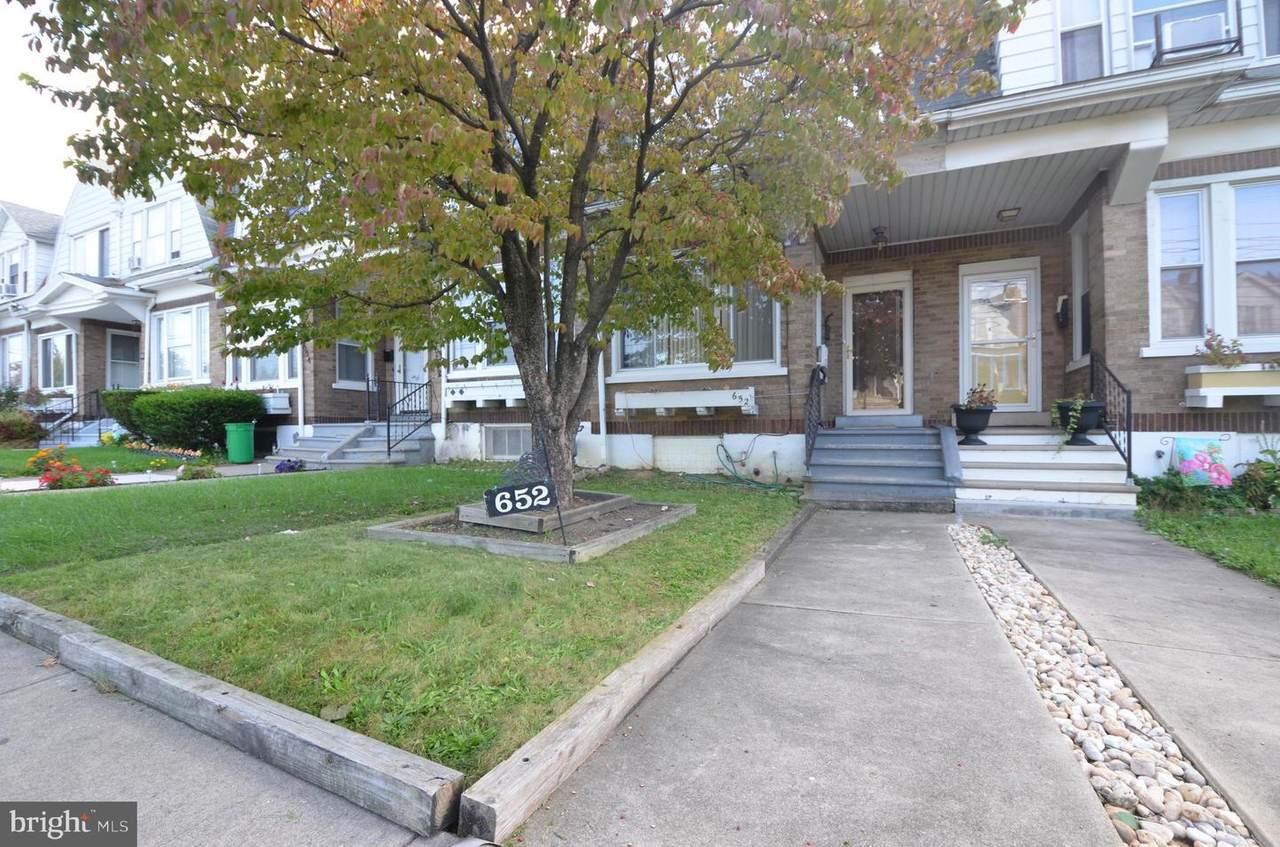 652 Hanover Avenue - Photo 1