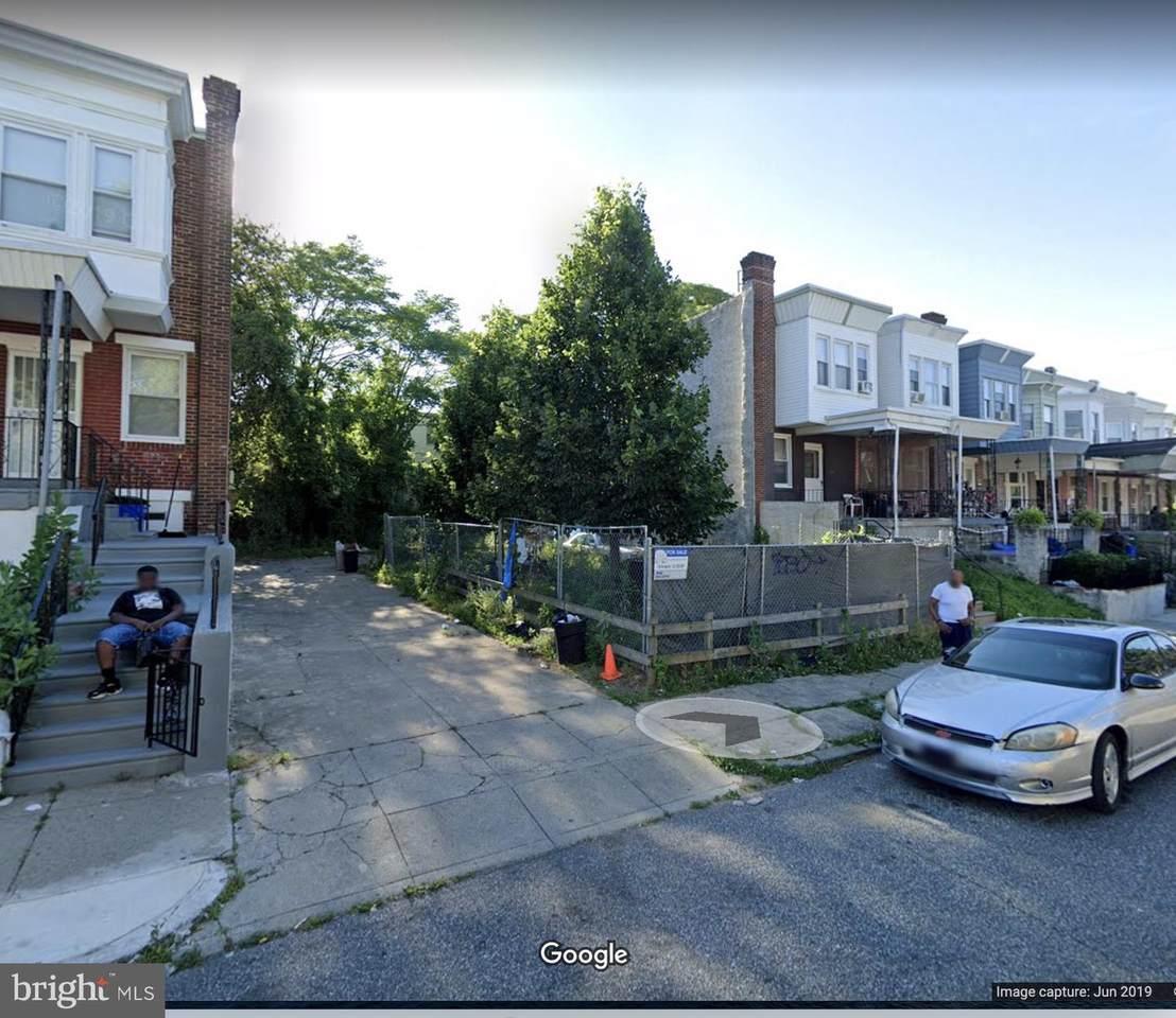 5240 Hutchinson Street - Photo 1