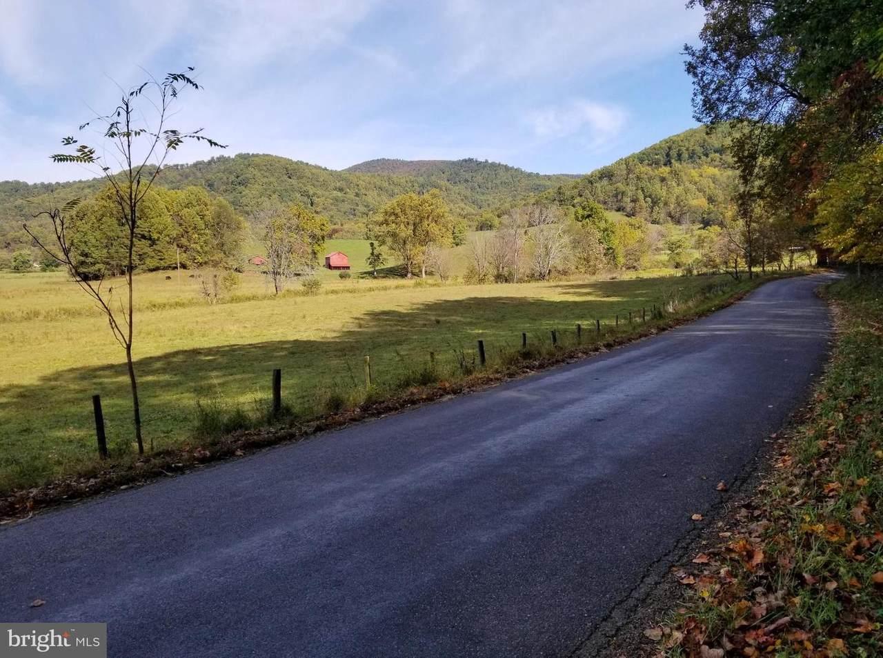 Etlan Road - Photo 1
