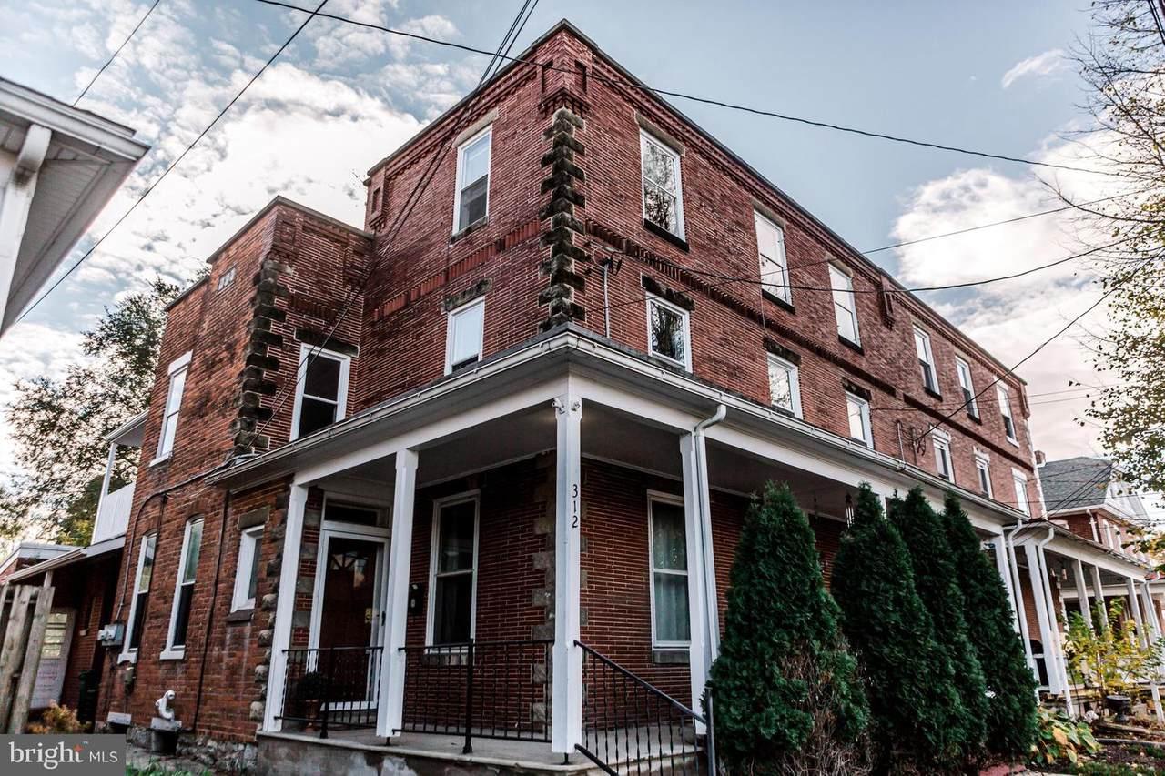 312 North Street - Photo 1
