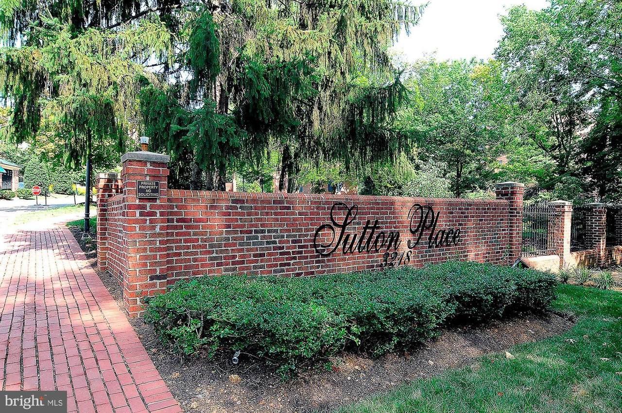 3229 C Sutton Place Place - Photo 1