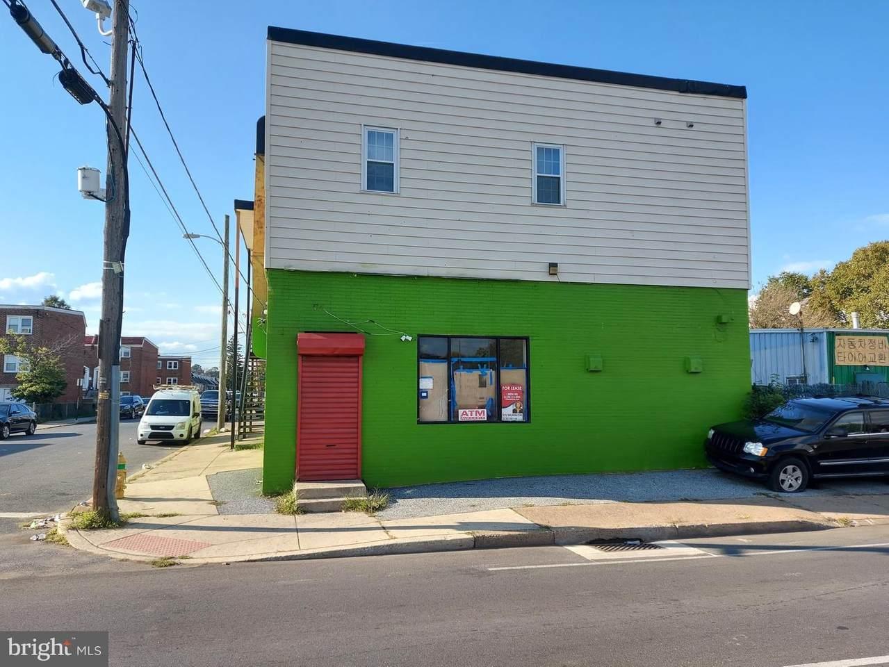 2701 Northeast Boulevard - Photo 1