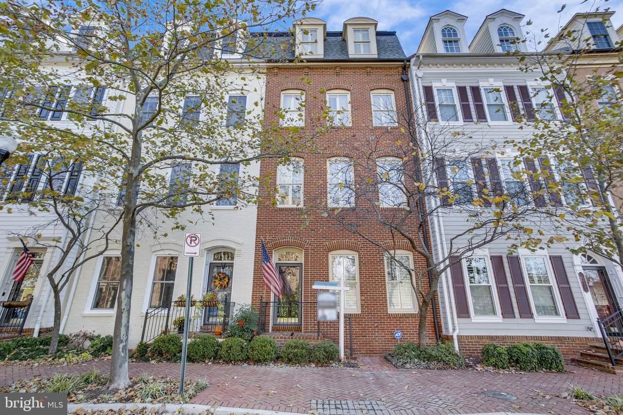 1719 Potomac Greens Drive - Photo 1