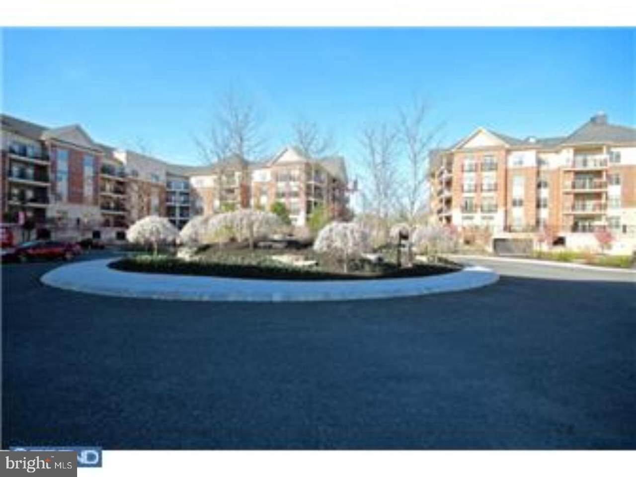 526 Carson Terrace - Photo 1