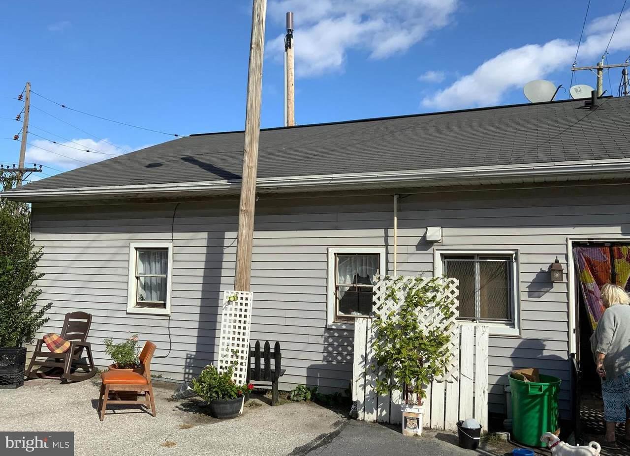 343 Pine Street - Photo 1