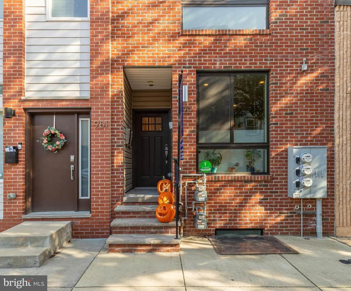 979 Marshall Street - Photo 1