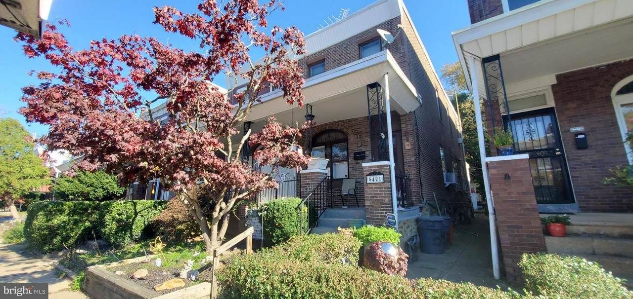 5421 Lawrence Street - Photo 1