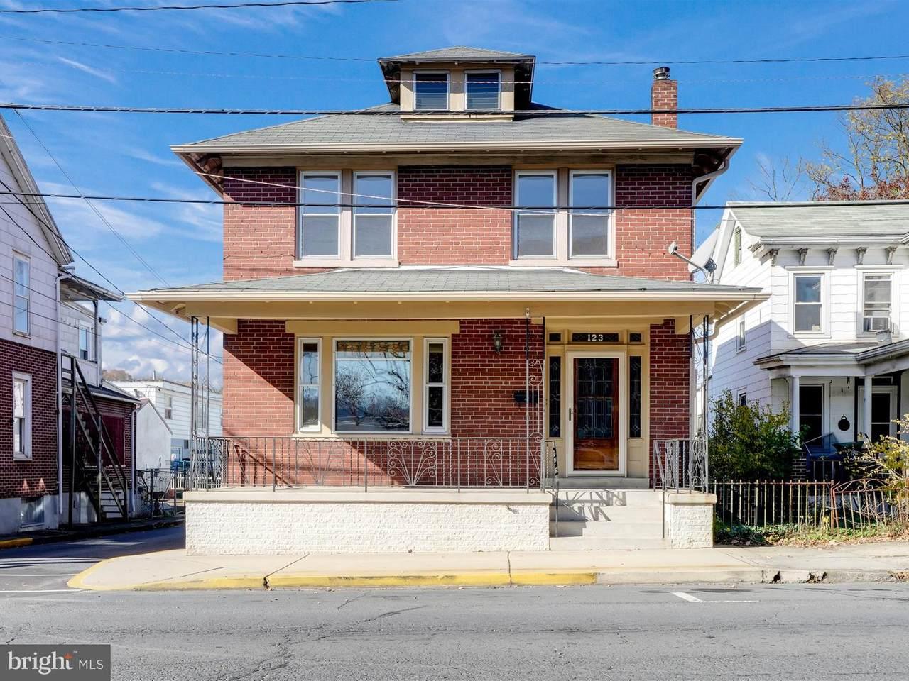 123 Columbia Street - Photo 1