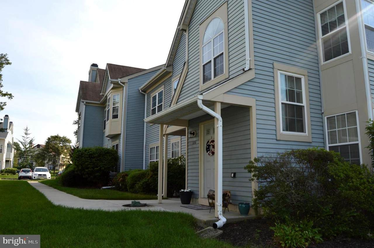 186 Andover Place - Photo 1