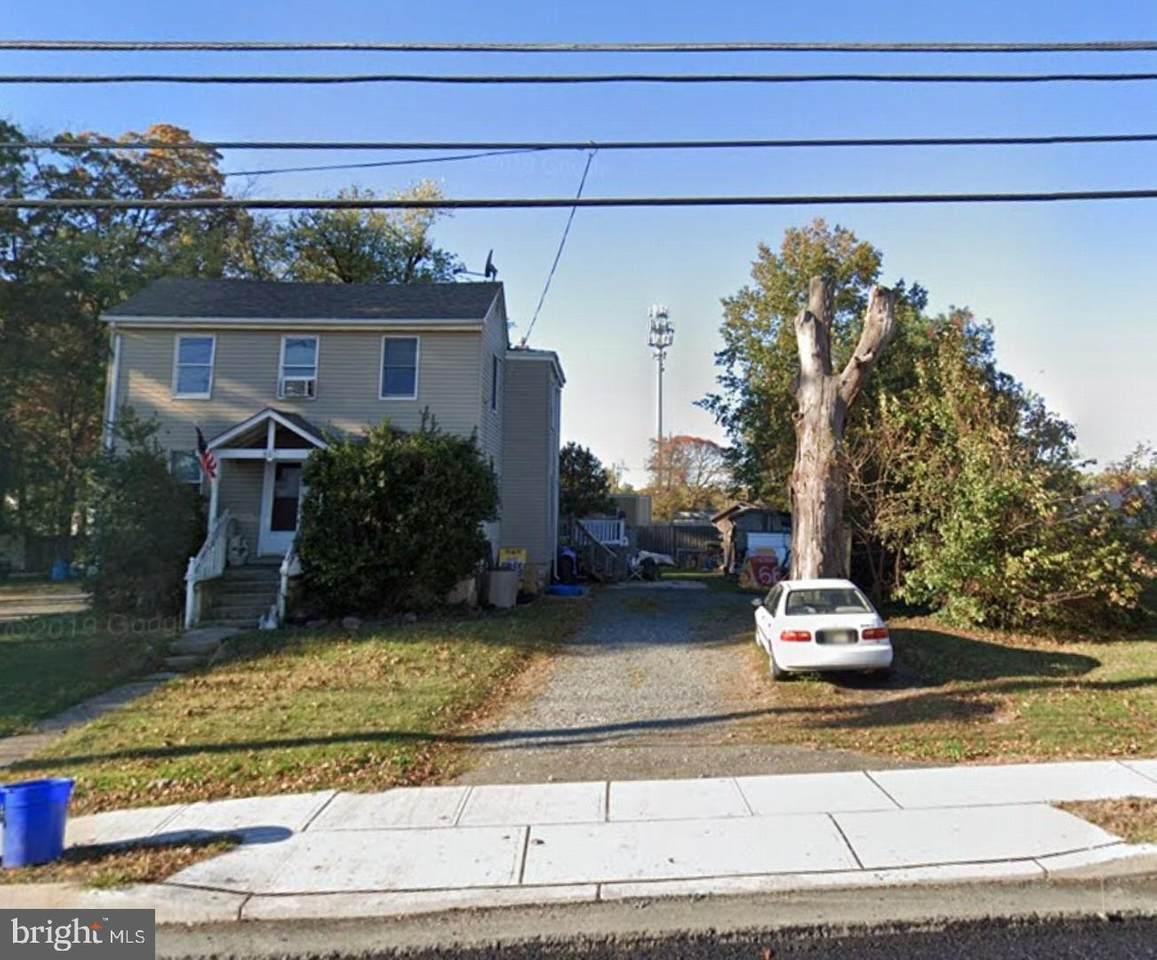 321 Evesham Avenue - Photo 1