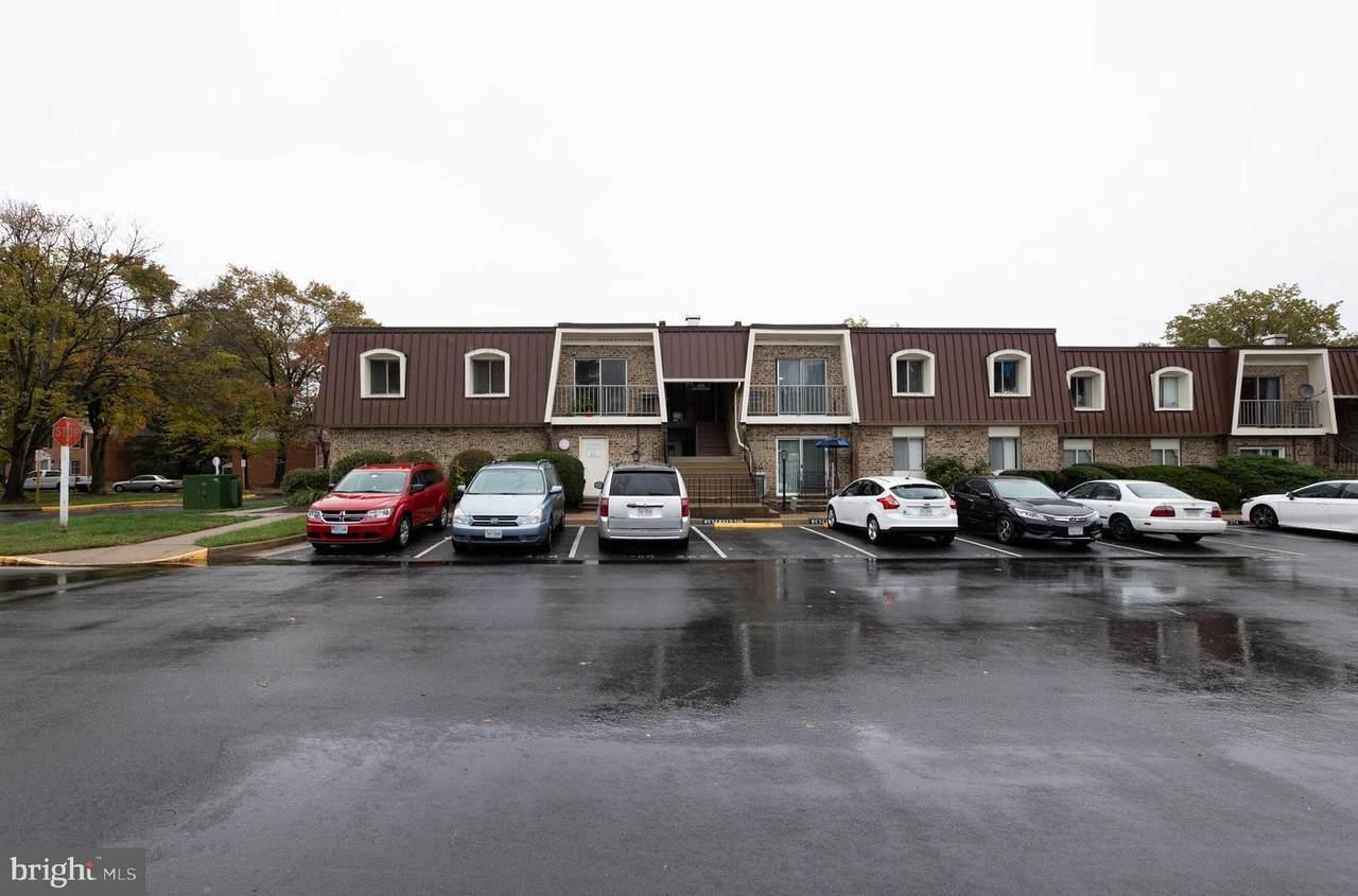 401 Dartmouth Drive - Photo 1