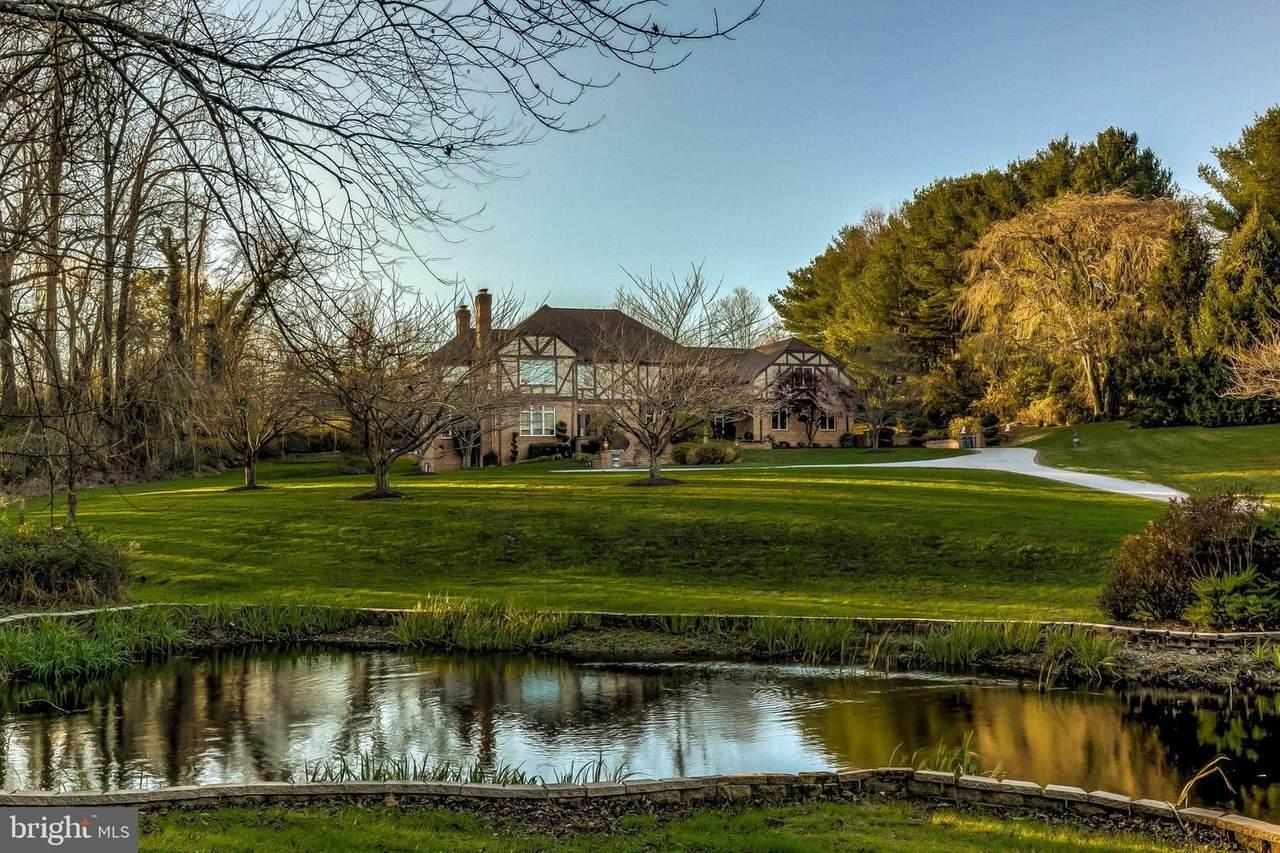 8560 Leisure Hill Drive - Photo 1