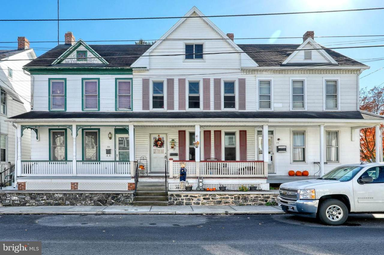 22 Middle Street - Photo 1