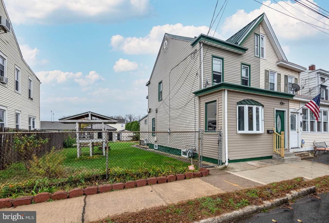 1410 Deutz Avenue - Photo 1