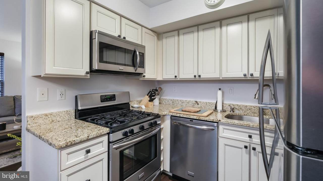 550 Chester Pike - Photo 1