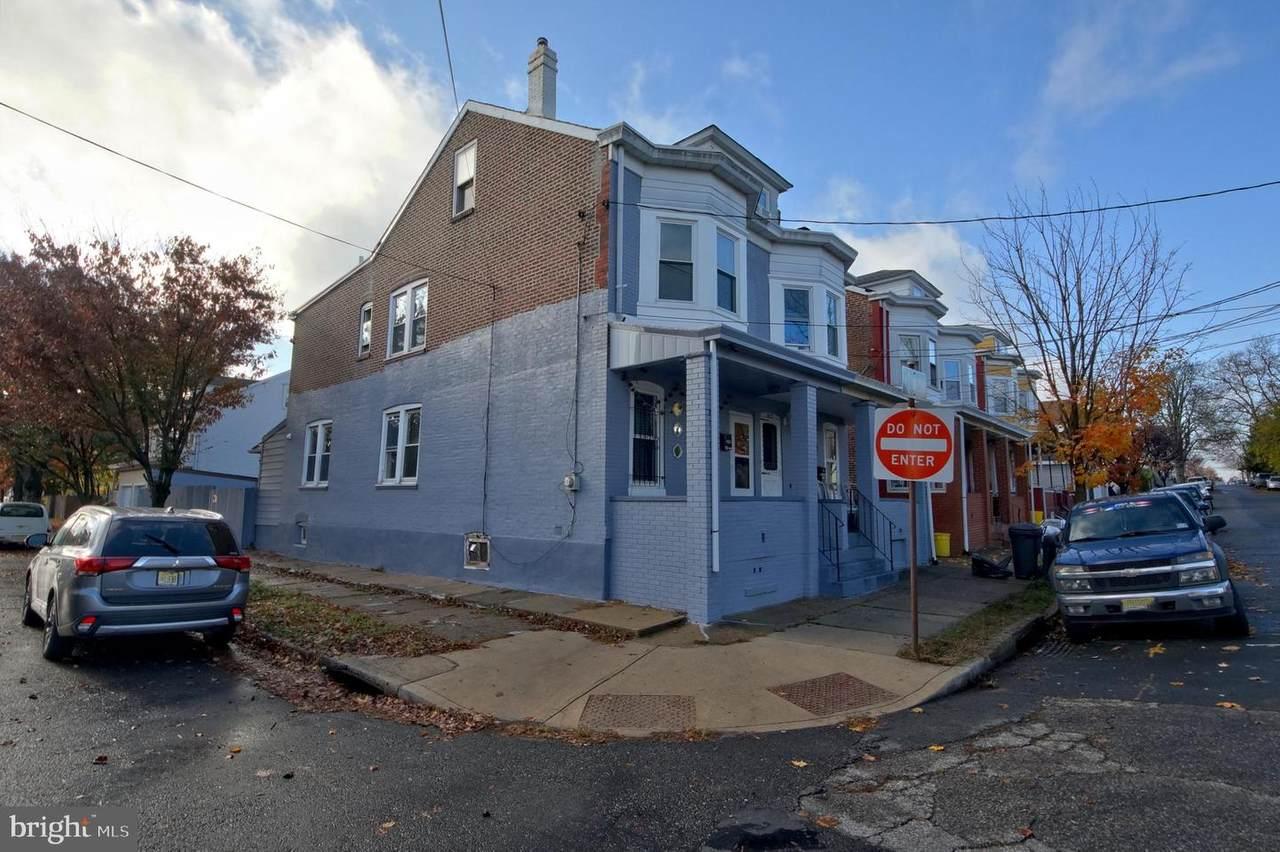 601 Pine Street - Photo 1