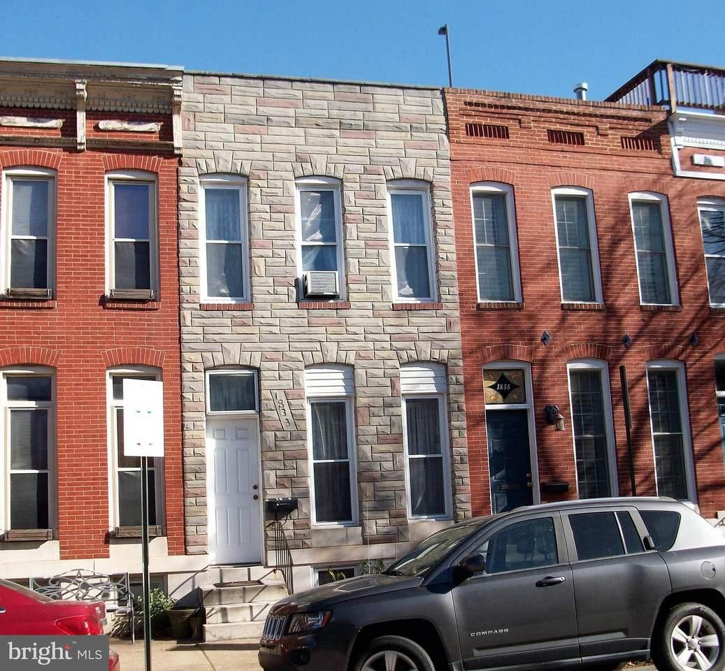 1833 Charles Street - Photo 1