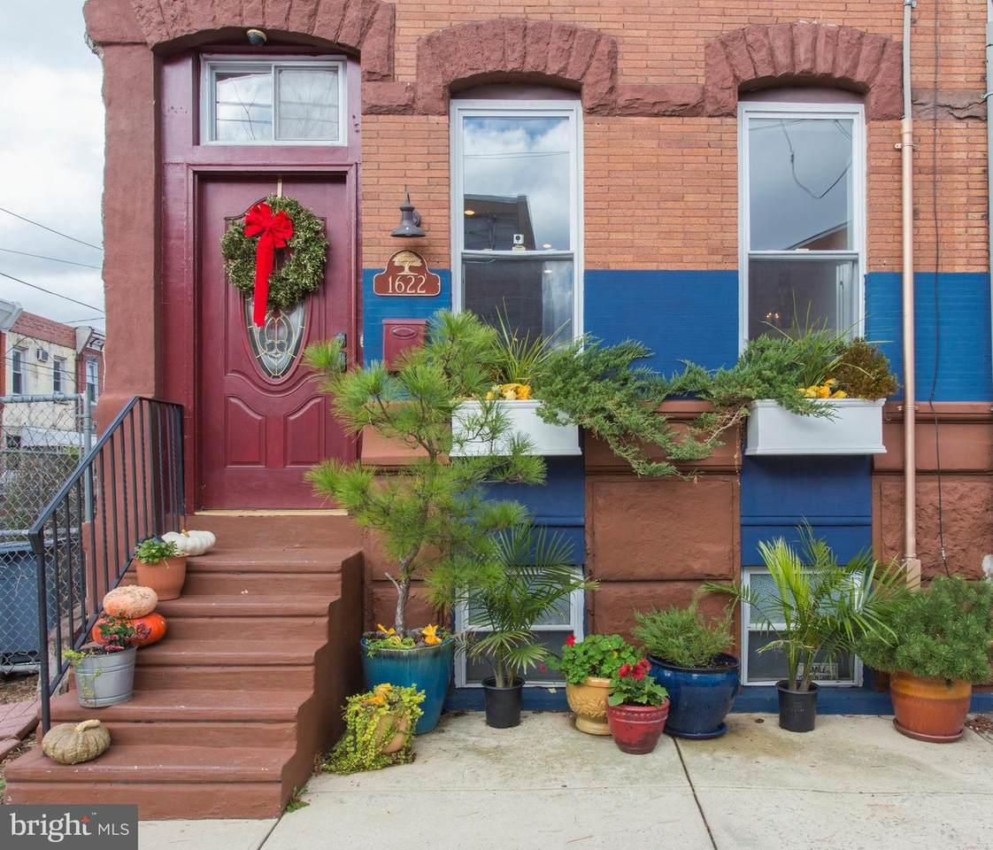 1622 18TH Street - Photo 1